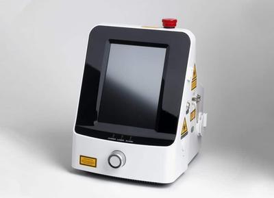 Endovaskulární laser (EVLA) G-Box Gigaa, 1940 nm - 2